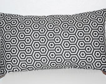 Black and light grey - 50 x 30 cm - geometric fabric - pillow cover