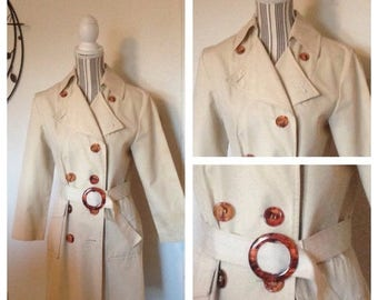 Anniversary Sale Vintage Ladies Trenchcoat with Lucite Buttons