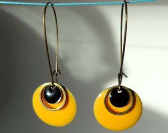 Dangling earrings, long hooks, minimalist, sequins enamel rings, color, black and mustard yellow