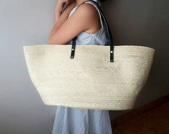 Straw bag. Palm leaves genuine leather bag. Beach bag. Picnic bag. Market bag. Organic bag. Wicker bag. Woven bag. Basket tote. Ata bag.