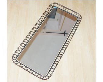 50/60 he years wall mirror metal