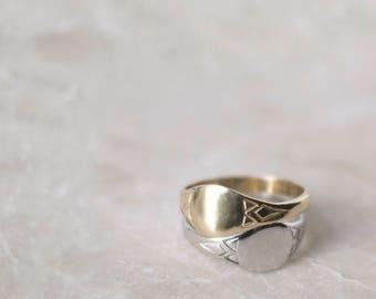 Art Deco Signet Ring in 14 Karat Gold