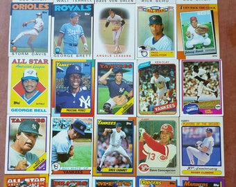 Lots of 130 baseball cards from the 1980s