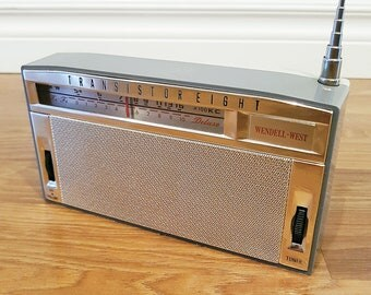 1963 Wendell-West CR-18 Eight Transistor Radio, Made in Japan, Tested & Working