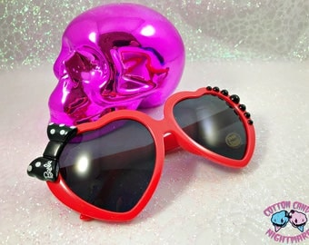 Deco Kawaii Heart Sunnies