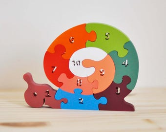 Wooden puzzle, snail colorful to learn to count one through ten