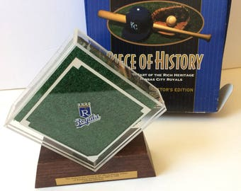 Kansas City Royals, commemorative field turf, 1985
