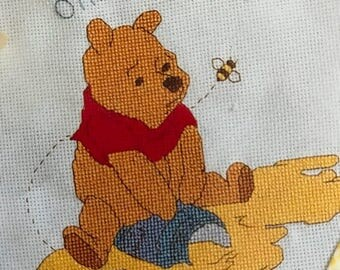 PRE-SUMMERSALE Leisure Arts Pooh Baby bibs counted cross stitch pattern book