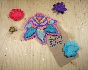 "Brooch ""pink"" felt embroidered"