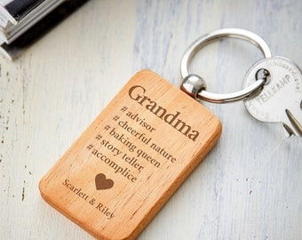 Keyring Pendant with Engraving – Hashtag Grandma – Standard and Personalised with Names