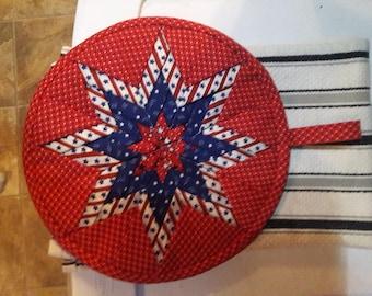 Patriotic quilted hot pad