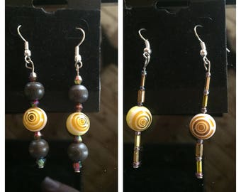 Yellow swirl beaded earrings