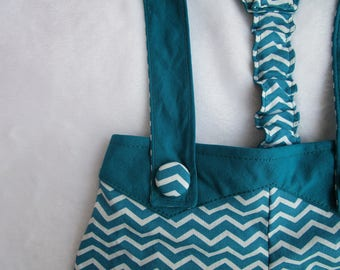 Shorts/Bermuda shorts with removable straps peacock blue and white Chevron pattern size 12 months