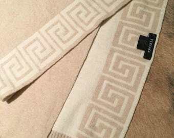 Authentic Versace Cashmere blended Scarf in excellent condition!