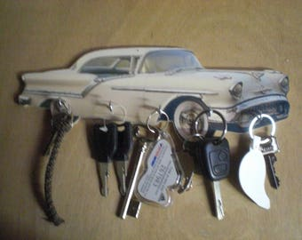 key wall oldsmobile super 88 / hanging key oldsmobile super 88