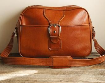Vintage 70's Traveler Bag ⎮ Vintage Faux Leather Duffle⎮ Overnight Shoulder Bag ⎮ Weekend Bag