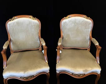 Large French Louis XV style Arm Chair