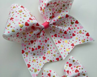 Valentine's cheer bow, glitter heart cheer bow, Glitter Valentine hair bow, Dance team hair bow, Cheerleader bow, Be My Valentine, love bow