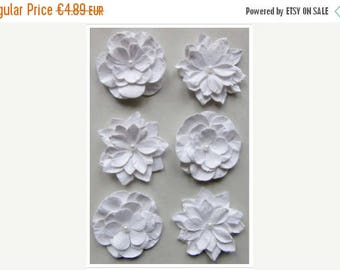 Solde -5% Beautification flowers White - Hand made in India