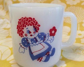 Vintage Raggedy Ann & Andy Mug ~ Milkglass Coffee Mug