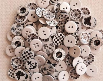 30 buttons sewing / baby / scap blend 1.3 cm black white MIX