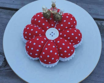 New! Red Polka Dot Pincushion, Flower Pin cushion, Flower Pincushion, Pincushion, Pincushions, Quilting Gift, Sewing Gift, Mother's Day Gift