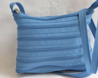 sac en fermeture eclair bleu roi dézippable
