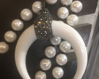 superlong fake pearls with Chanel ribbon
