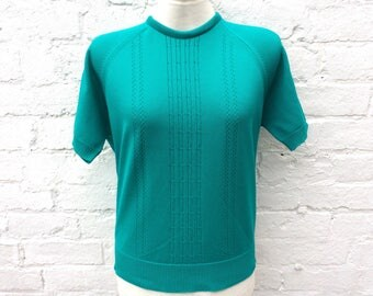 Turquoise 50s style top, vintage short sleeved pullover, women's fashion