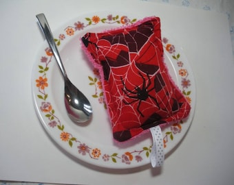 The spider, sponge ware zero waste, washable
