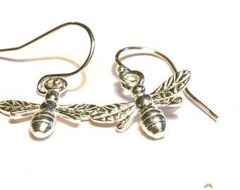 Silver bee earrings, honey bee Jewellery, dangly earrings, silver animal earrings, cute silver bees.