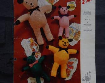 Original Copy Old Teddy Bears, Vintage Knitting Pattern, Emu Teddy Knits, Crafts.