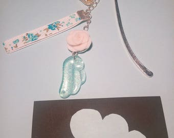 Bookmark pink and blue wing
