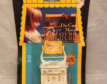 1981 Durham Industries Die Cast Metal Miniature Hand Painted Dollhouse Furniture - Wash Stand w/ Mirror - In Original Package