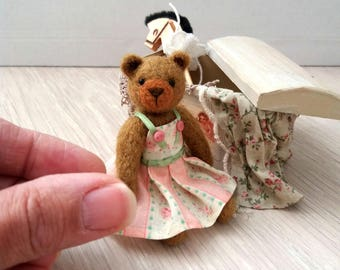 Fleur Bear - kawaii, small bear,artist bear, miniature bear, vintage bear, dollhouse bear, tiny bear, art bear, teddy bear, Blythe