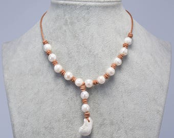 Leather Pearl Necklace, Pearl Leather Necklace, Freshwater Pearl Jewelry, Gift for Mom Daughter Sister Bridesmaid White Pearl Necklace