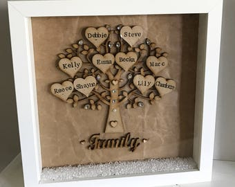 Personalised Wooden Family Tree Frame with hearts and diamantes sparkle