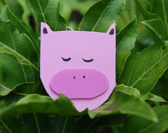 Neat pig luggage tag