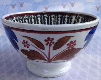 Antique Bowl, Society Ceramique Maestricht,