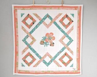 Modern geometric baby blanket, Baby quilt, Crib blanket, Cot blanket, Baby shower gift ideas, Newborn baby, Baby girl