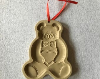 1991 Pampered Chef Teddy Bear cookie mold/stamp