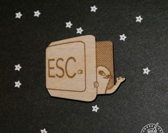 Artist Series - ESC KET - pin badge