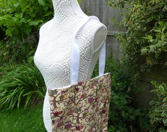 Tote bag owl. reuseable and lined , approx 14 x 16 inch