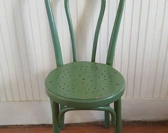 Mundus/Kohn Bentwood Chair