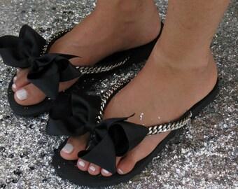Silver Bridal Flip Flops, Wedding Flip Flops, Flat Bridal Shoes, bridesmaid Shoes, Black FlipFlops, Bridal Shower Gift, Silver Women's Shoes