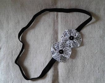 """two dot black and white flowers"" headband"