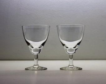 A Pair of Fennia, Strong Wine Goblet, Sherry Glass, Kaj Franck, Nuutajarvi Iittala, Mid-Century Modern, Scandinavian Design Barware, Finland