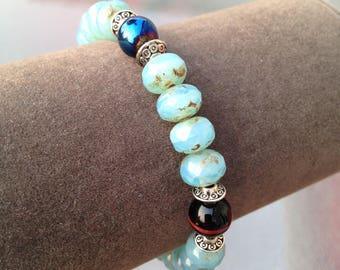 Blue sparkle beaded stretchy bracelet