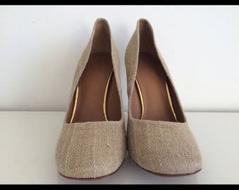 Tory Burch  BEIGE MADISON GOLD heel pump, Size 8.5