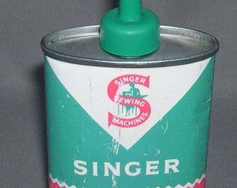 Vintage Singer Oval Metal Sewing Machine Oil Can w/Green Plastic Spout and Lid